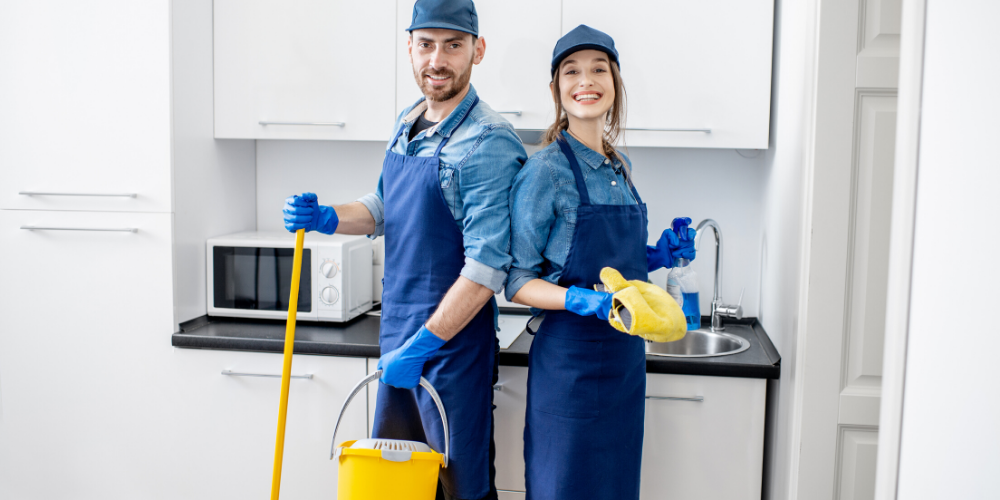 NEED HOUSE CLEANERS TO START THIS WEEK – up to 14/hr, Paid Weekly